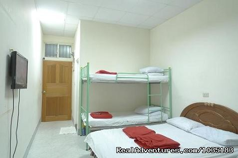Four bed family private mini house - TaiwanMex  Guest  House