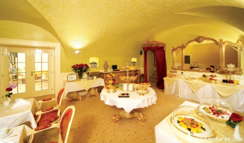 Breakfast Room - Alchymist Grand Hotel and Spa *****