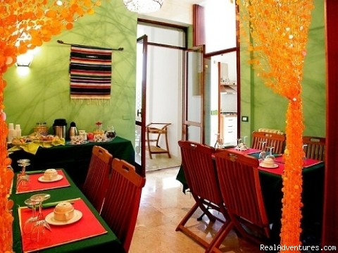 breakfast room - Inn Centro Bed and Breakfast - Lecce - Italy