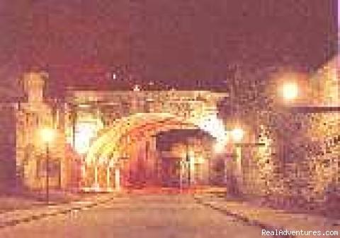 Unique Arched Underground Tunnel System - Hillside Luxury Overlooking Guanajuato City