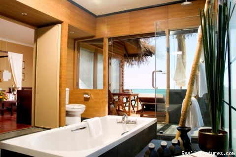 Luxury   Bath  Room inMaldives  - Maldives Luxury  Resort By Sea N sun maldives