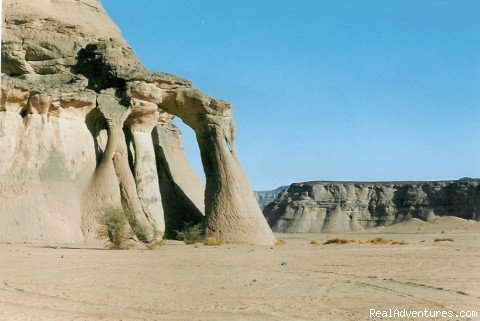 Tin Khalega arch - Alhassi Tours - Desert Expedition