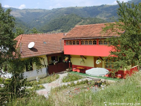Apuseni Mountains: The Shanti pension (Guesthouse): cluj napoca romania