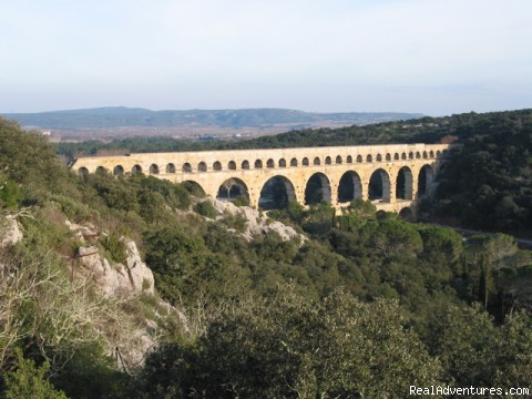 Provence culture connection-- walk among the ruins Vers Pont Du Gard, France Bed & Breakfasts