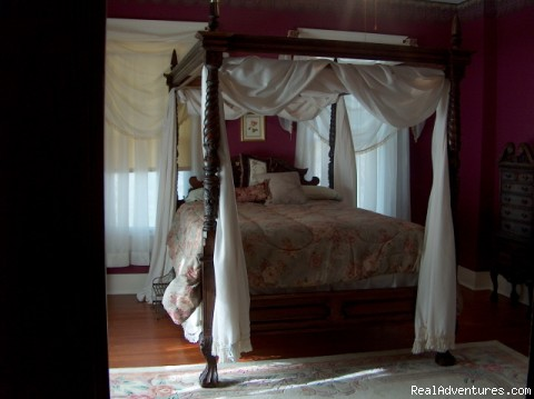 Master Bedroom - 18-Room Historic Mansion in Palestine, Texas