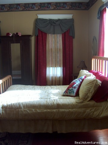 2nd Bedroom from Breezeway - 18-Room Historic Mansion in Palestine, Texas
