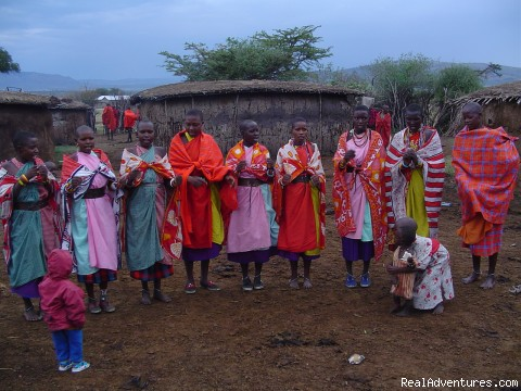 Masaai Women a Tribe in kenya - Nairobi International Youth Hostel