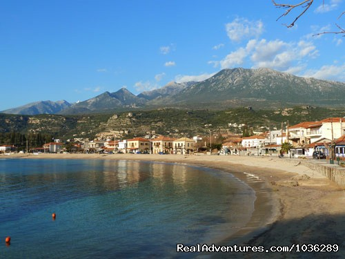 Beautiful bay -perfect for swimming. - Yoga, walking and holistic holidays in Greece.