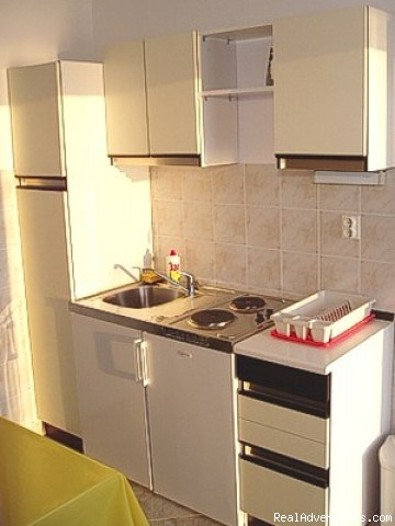 Apartment 1C - kitchen - Apartments Bajo in Dubrovnik, at the sea shore