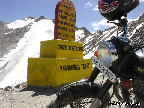 Enfield Motorcycle at Khardung-la Pass - Motor Cycle Tours to India , Nepal - 2012 & 2013