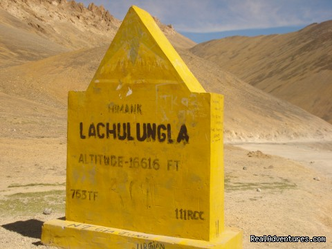 Lachung-la - Motor Cycle Tours to India , Nepal - 2012 & 2013