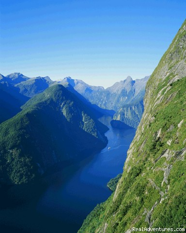 New Zealand South Island Fabulous 3 or 7-day tours Milford Sounds New Zealand