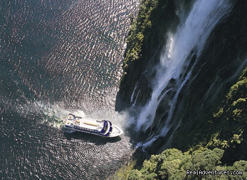 Milford Sound New Zealand - New Zealand South Island Fabulous 3 or 7-day tours