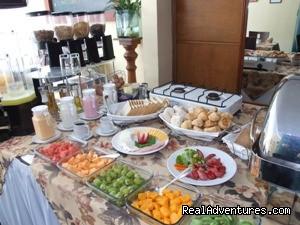 - Basadre Suites Hotel Lima Peru