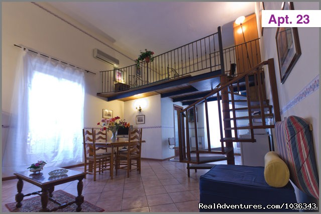 ELEGANT and LOW-COST APARTMENTS IN PALERMO CENTRE Vacation Rentals Palermo, Italy