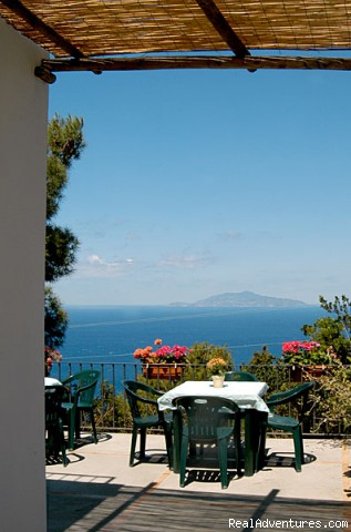 Photo #3 - Alle Ginestre Capri  Bed And Breakfast