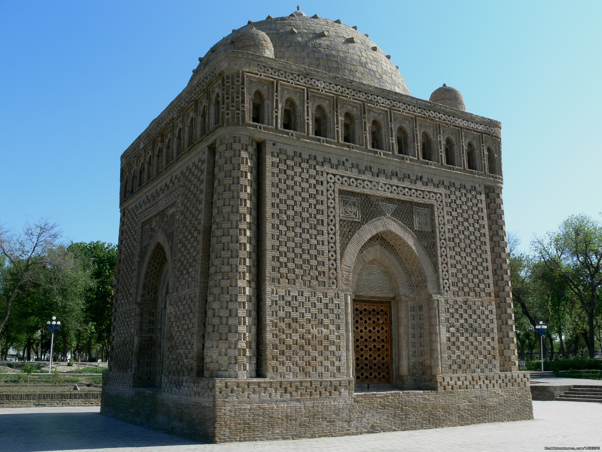 Ismail Samani Mausoleum | Image #5/6 | Great Silk Road Tours