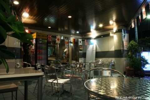 Image #7 of 22 - Bakpak Tokyo Hostel