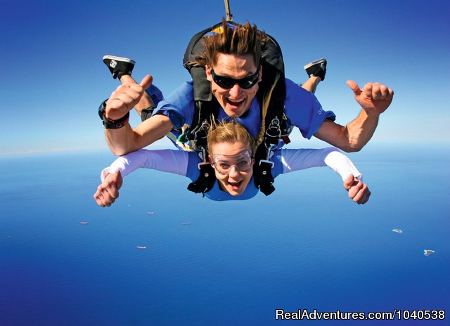 The wildest blue yonder you'll ever know - 14,000ft Tandem Beach Skydive Sydney
