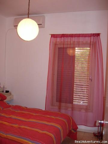 Vacation Apartment In Tel Aviv bedroom