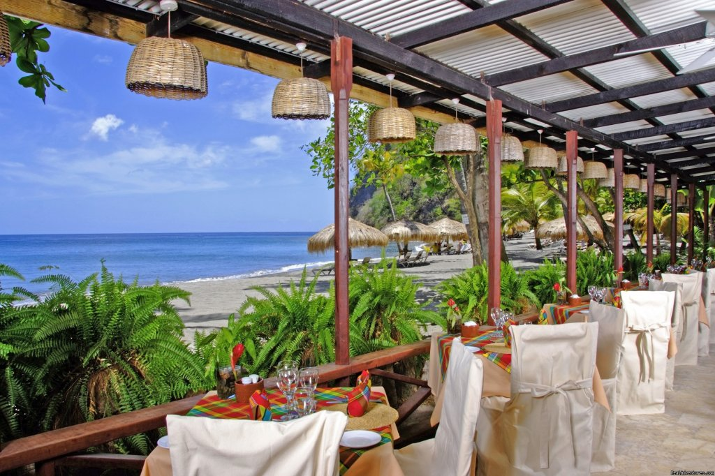 Trou au Diable Beach Restaurant
