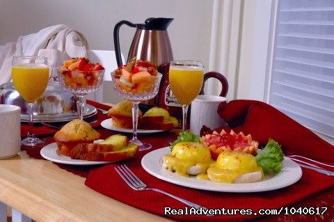 Private breakfast in your suite - The Firelight Inn on Oregon Creek Bed & Breakfast