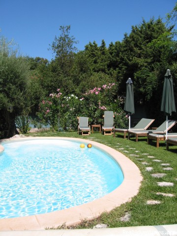 B&B Romantic Stay Near Saint Paul de Vence Pool view