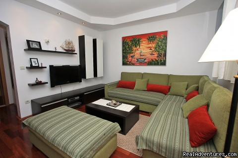Image #2 of 5 - Villa Moretic Apartments