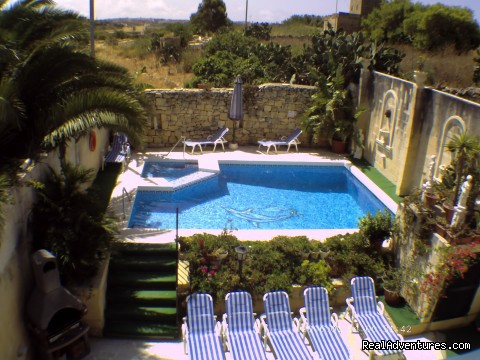 Relax In Our Farmhouse Of Bliss, Razzett Il-hena Kercem, Malta Vacation Rentals