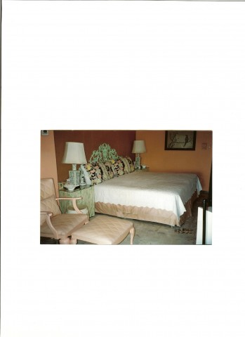 MASTER BEDROOM (#4 of 4) - Acapulco Luxurious Beachfront Condo