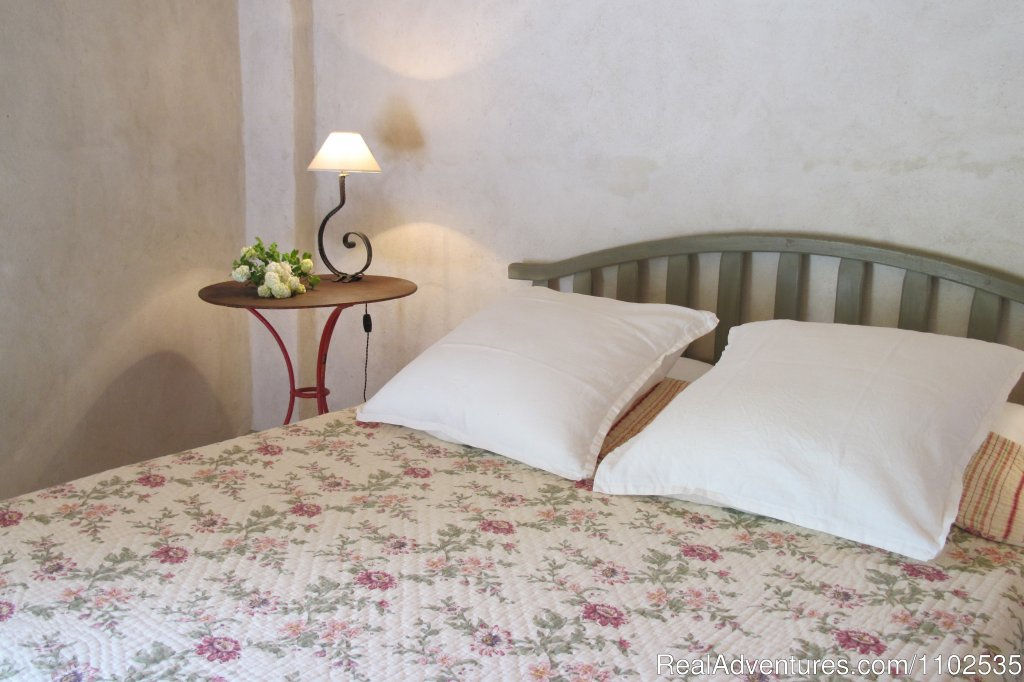 Bedroom La Feniere | Image #9/22 | Charming Holidays Rental & Guest House