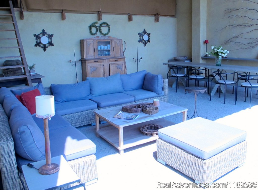 Summer Sitting room & Dinning room | Image #18/22 | Charming Holidays Rental & Guest House