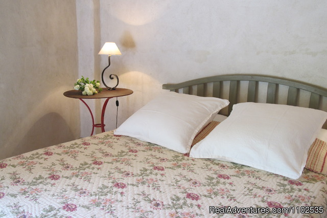 Bedroom La Feniere - Charming Holidays Rental & Guest House