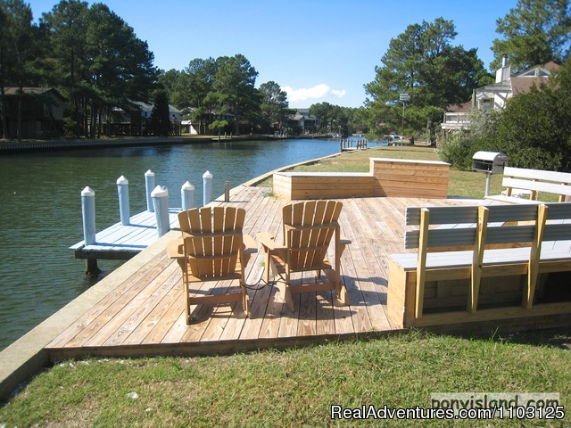 Private Boat Dock and Outdoor living area Great Crabbing - Spinnaker Chincoteague Waterfront Vacation House -