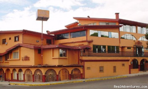 Hotel Front View - Hotel LA Amistad best deal in Downtown San Jose