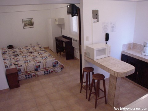 Studio Apartment with A/C - Hotel LA Amistad best deal in Downtown San Jose