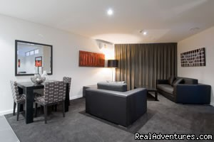 stadium dining area - Auckland Waldorf Serviced & Furnished Apartments