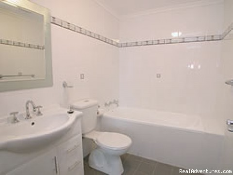 2 bathrooms - Blacktown Waldorf Serviced & Furnished Apartments
