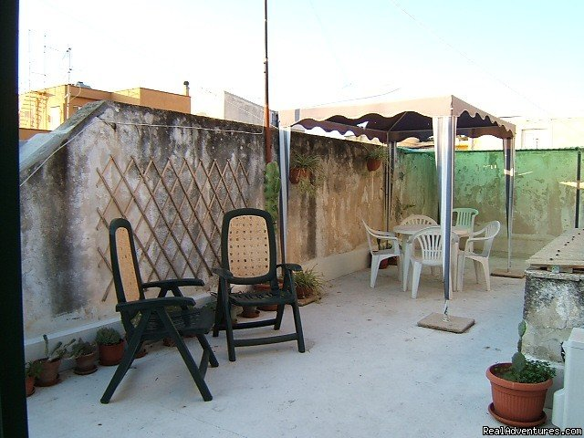 Holiday self catering apartment located in a quiet and charming streat in the heart of Ortigia (historic center of Syracuse). The apartment is fully equipped and can accommodate up to 4 people. Private roof terrace available on summer!