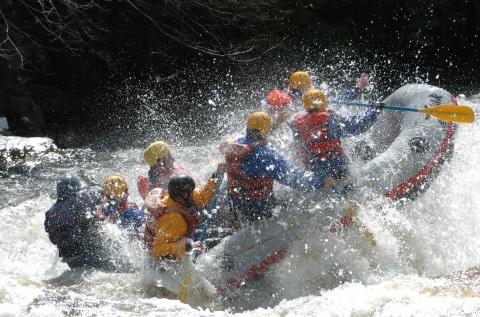 Whitewater rafting on the Dryway