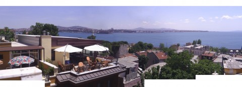 beneath the shadow of the great Empires:Hotel Alp: The hotel and entrance of Bosphorus