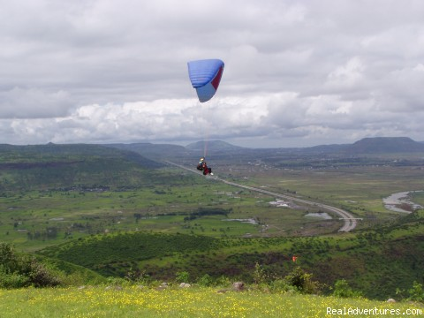 Paragliding Adventure Getaway in India Flying at Tower Hill