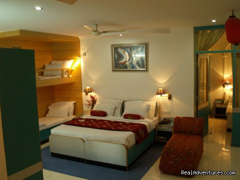 Presidential Suite With Airport Pickup , Free Breakfast , Fr - Hotel Sri Nanak Continental