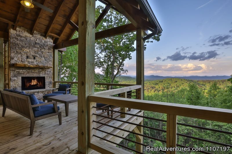 Great Escape 4bed 3bath Not Pet Friendly | Image #14/26 | Amazing accommodations in the North Ga Mountains