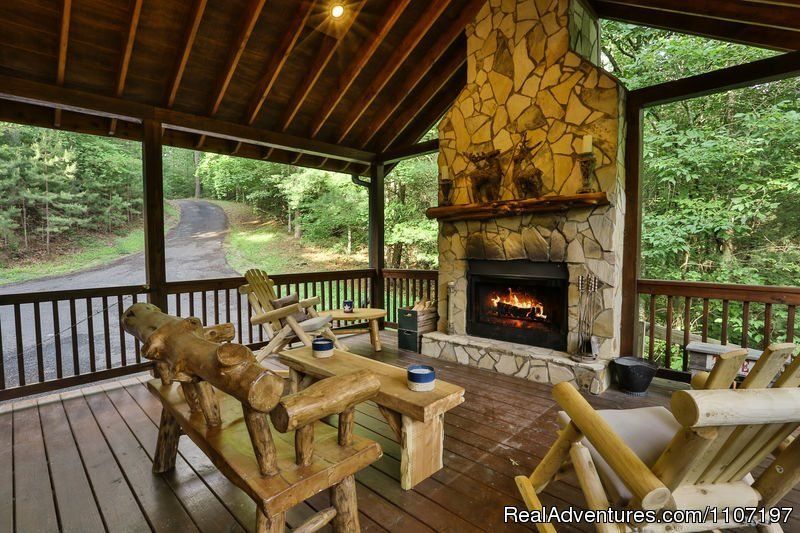 Branches on the Cartecay 4bed 3bath Pet Friendly | Image #15/26 | Amazing accommodations in the North Ga Mountains
