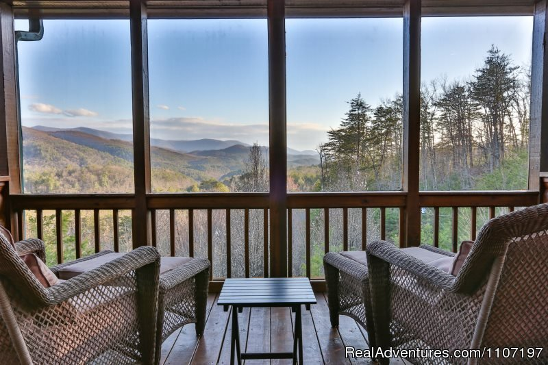 Cherokee Dreamer's Den 3bed 3bath Not Pet Friendly | Image #17/26 | Amazing accommodations in the North Ga Mountains