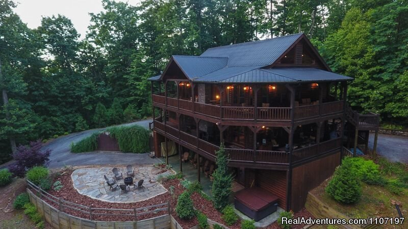 Aska Way Lodge 5bed 4.5 Bath Not Pet Friendly | Image #18/26 | Amazing accommodations in the North Ga Mountains