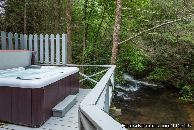 Hemlock Creek 1bed 2bath Pet Friendly | Image #24/26 | Amazing accommodations in the North Ga Mountains