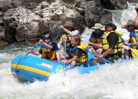 Rogue River Whitewater - Oregon Rafting at its Best