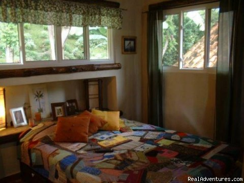 Queensize bed - Cabins/Cottages for Rent in Altos del Maria
